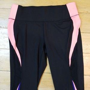 NWOT! Capri Workout Leggings